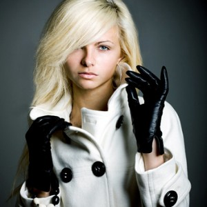 woman wearing gloves